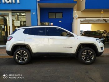 Foto numero 0 do veiculo Jeep Compass Trailhawk - Branca - 2017/2017